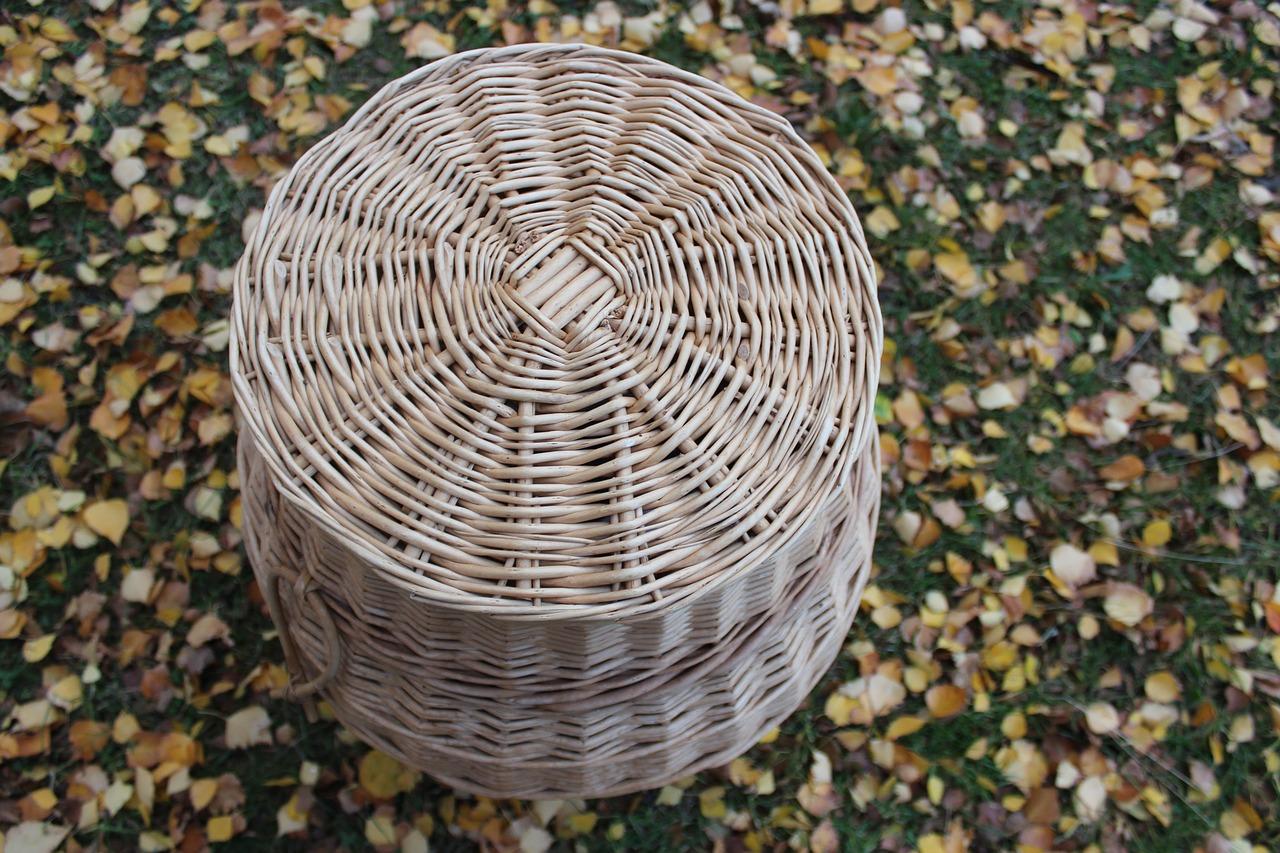 Es gibt auch solche Wäschekörbe aus natürlichen Materialien.